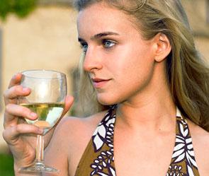 опасное белое вино