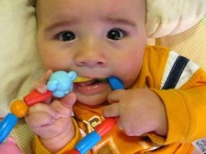 Что бывает при прорезывании зубов